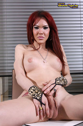 Valeria Wong on Bob's Tgirls!