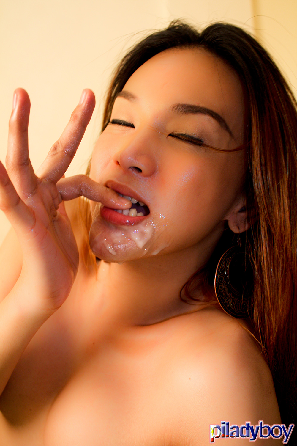 asian ladyboy cum