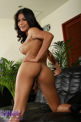 Ladyboy Vita on Shemale Club!