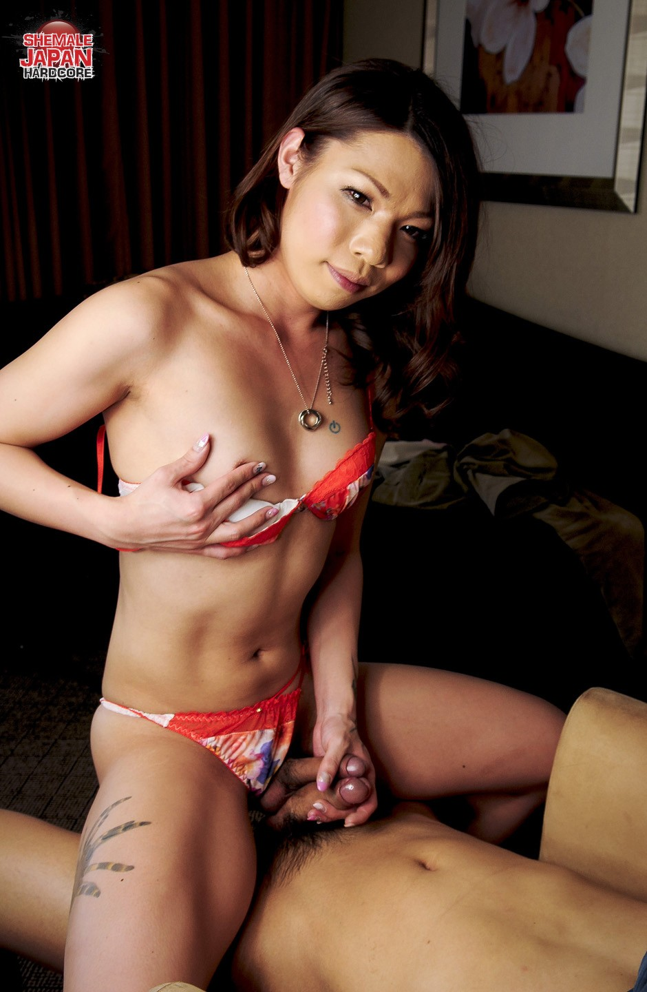 asian shemale top