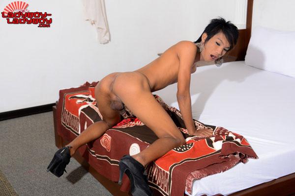 Asia Ladyboy Blog presents Ladyboy Gilda!