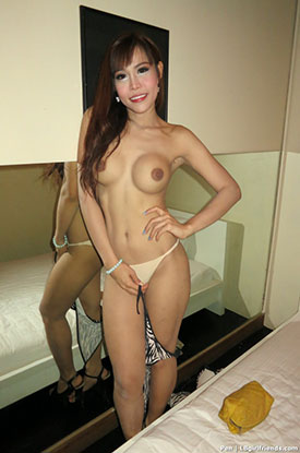 Asia Ladyboy Blog presents Ladyboy Pen!