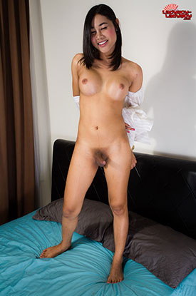 Asia Ladyboy Blog presents Ladyboy Tongta!