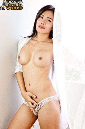 Asia Ladyboy Blog presents Ladyboy Nina!